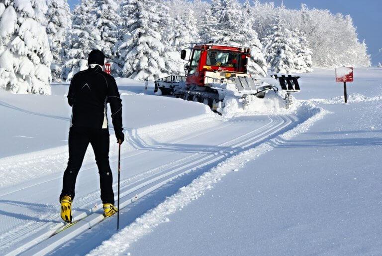 Autobusem a vlakem z Litvínova do hor za sněhem